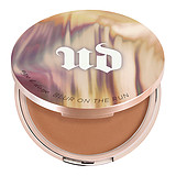URBAN DECAY Naked One and Done Blur on the Run Face Powder Medium to Dark - BŐRFRISSÍTŐ BRONZER